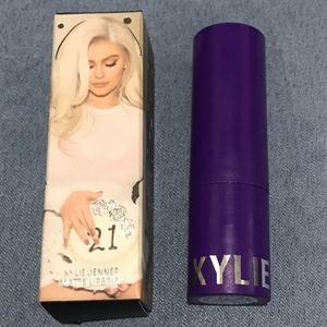 Kylie cosmetics Rager lipstick